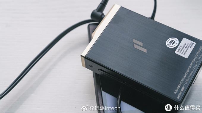 精致的掌上音乐盒子,爱欧迪PD2音乐播放器开箱