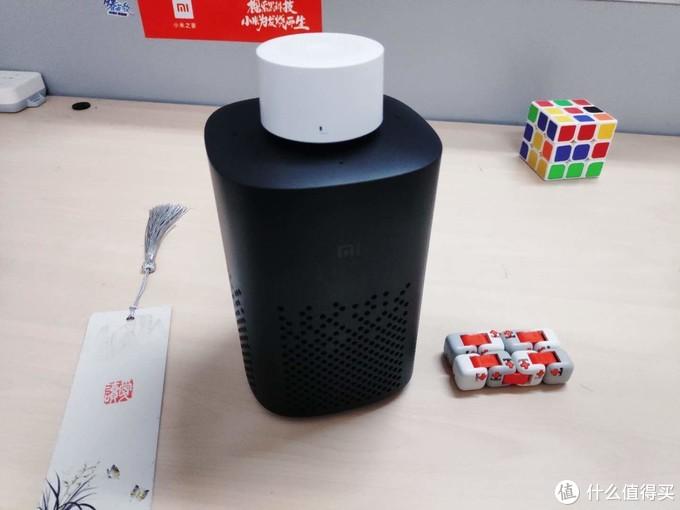 「小爱音箱 万能遥控版」家用电器的控制枢纽