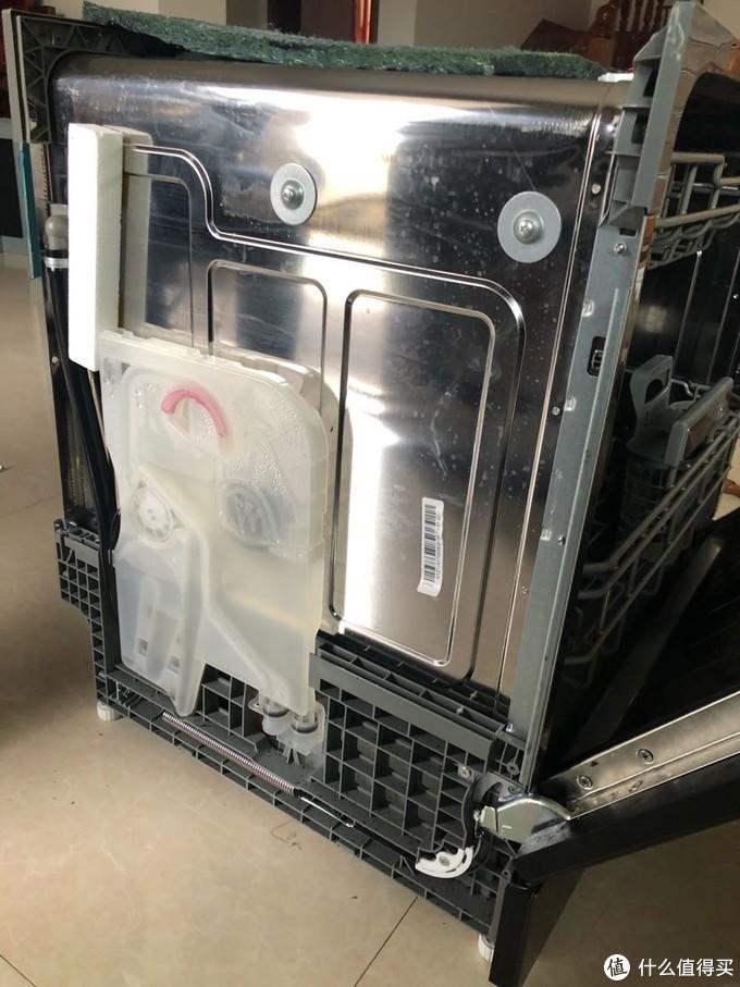 美的洗碗机 E1、E4故障更换呼吸器