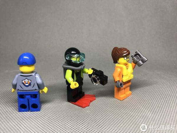 小小救援队:LEGO 乐高 城市系列 60165 四驱动力应急中心