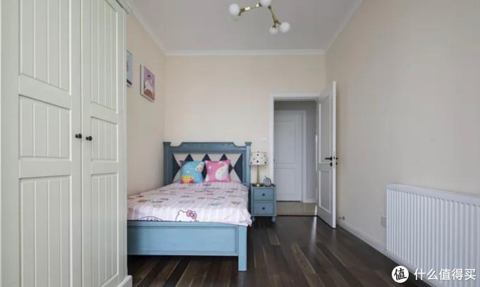 卧室小到只能塞一张床,该如何做收纳?