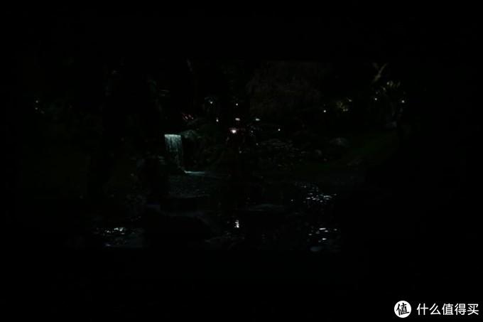 安克创新Nebula L2和坚果A6投影仪简单画质对比