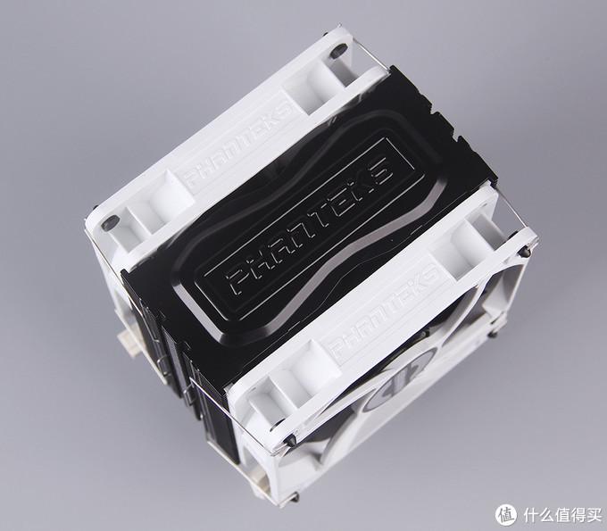 灯控玩家的装机展示 — 9600K / Z390 / 战斧导弹 / 星曜 2070