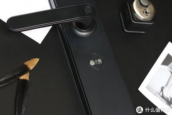 还在为忘带钥匙的烦心事纠结?小益E206智能门锁给你换锁的N个理由