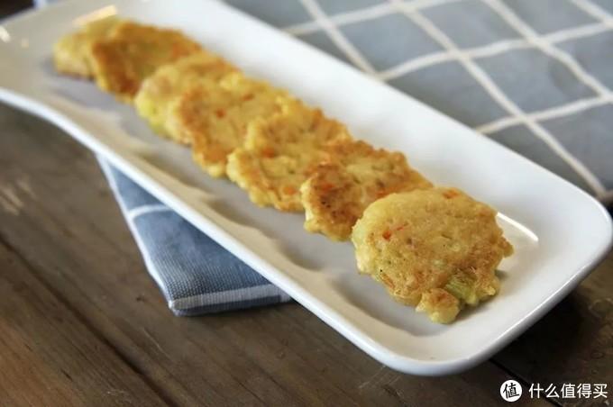 这道含钙超高、口感超嫩的豆腐小饼,10月+就能吃,3步就搞定超简单!