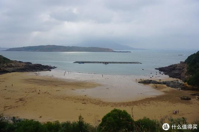 前往东庠岛,孝北村的海滩边,人少吧?