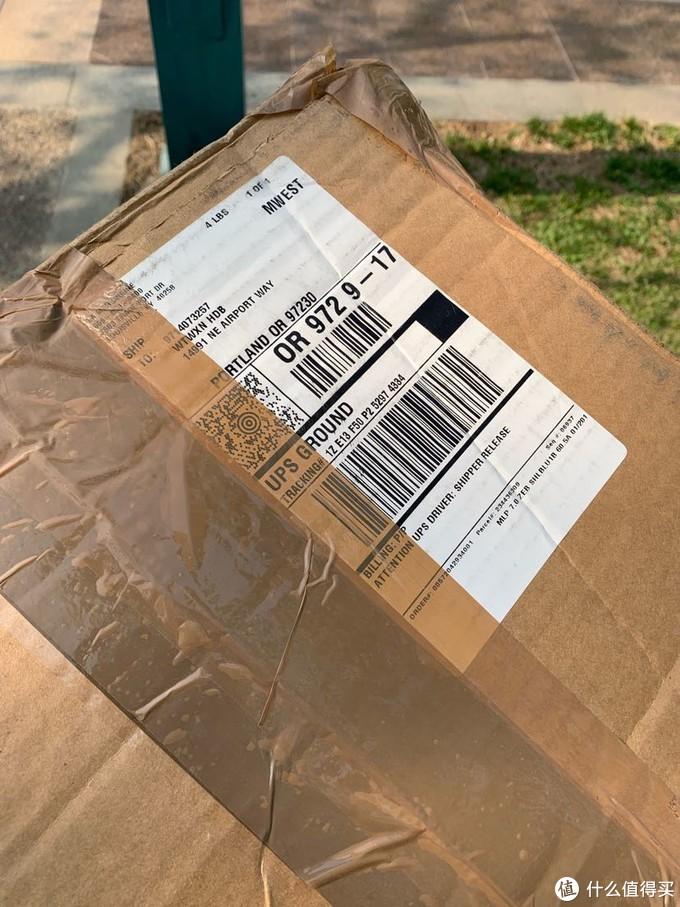 eBay 上通过拍卖然后海带宝转运回来,历时接近一个月