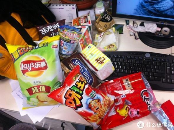 办公室里的美味——好吃好喝的小零食横评