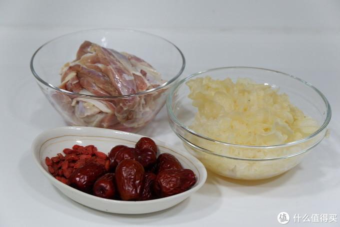 牛肉加它一起煮,滋补又养颜,一个电饭煲就能完成,简单快手