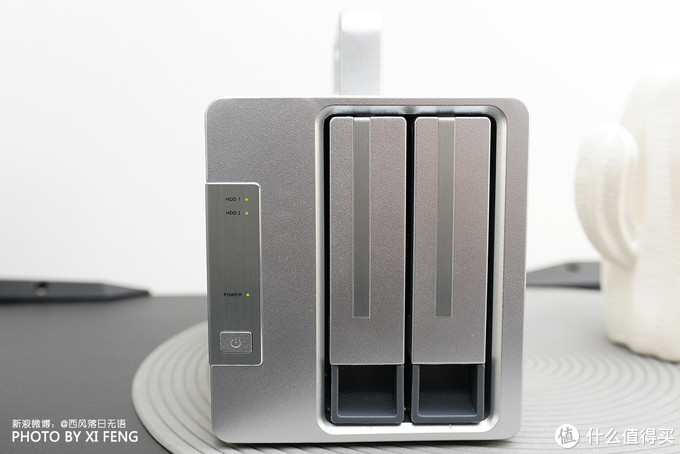 盘它,没二话:760MB/秒,TerraMaster D2 Thunderbolt 3可菊链六部