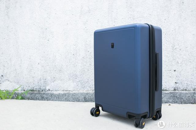 地平线8号旅行箱:简约实用主义加持,轮子解决了我的出行痛点