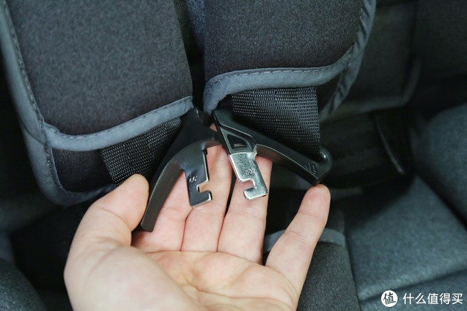 360智能儿童安全座椅--享受飞驰中的头等舱