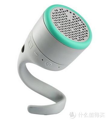 polk小音箱:防水续航好,能控制音量能切歌,好抓握;不能插卡,音量偏小