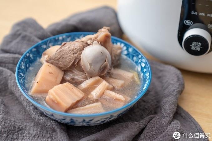 """小米生态链圈厨隔水电炖盅,帮你重温""""母亲节""""的味道"""
