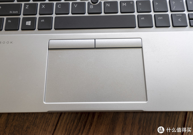 据说很牛逼,但是貌似没什么人买的商务本-HP 830G5低配版简评