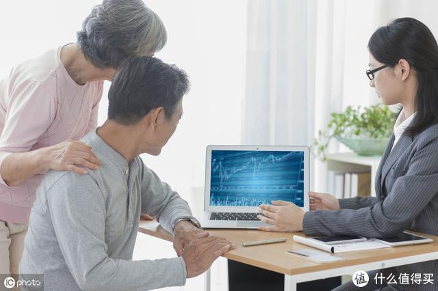 买保险前,确定了这三件事才能不被骗!
