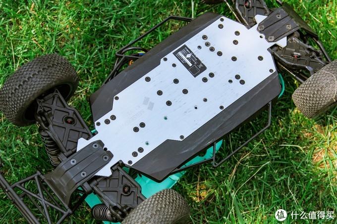 感受第一视角的赛车体验,感玩工场 途S1 FPV无人车上手评测