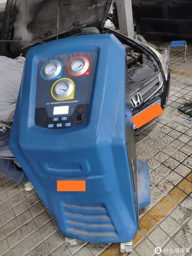 18万公里的本田雅阁空调不制冷,拆下后发现空调泵内全是积碳
