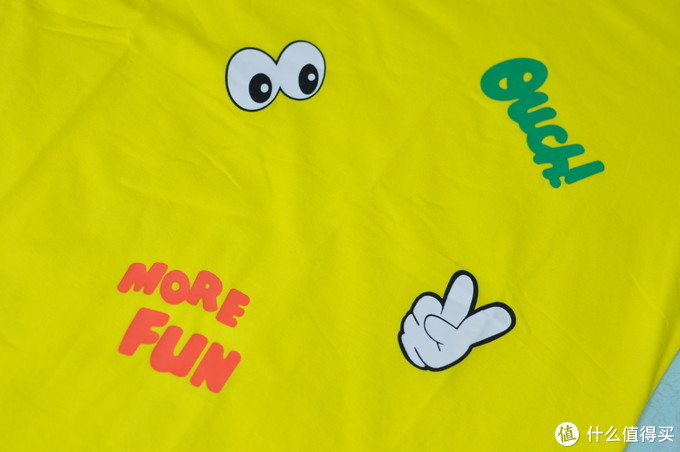 超市低价买到的儿童短袖,给夏天一丝色彩