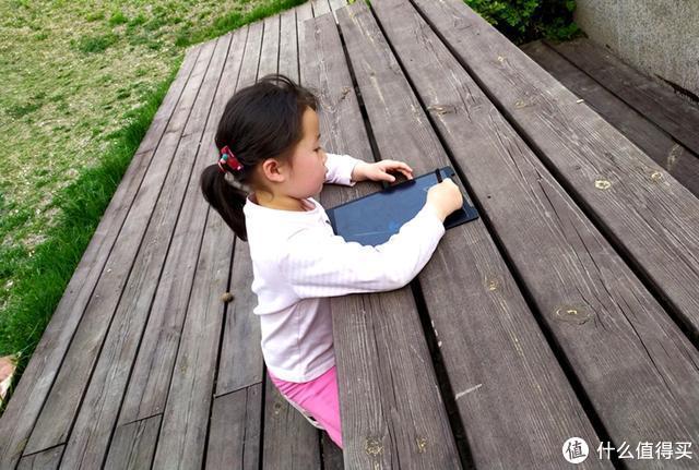 让LCD手写板陪伴孩子童年,想画就画不再是梦想