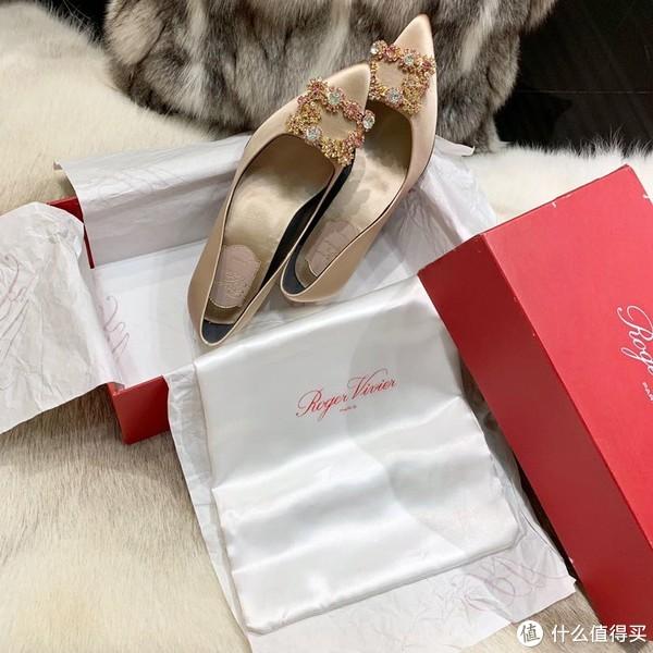 婚鞋推荐roger vivier香槟色!