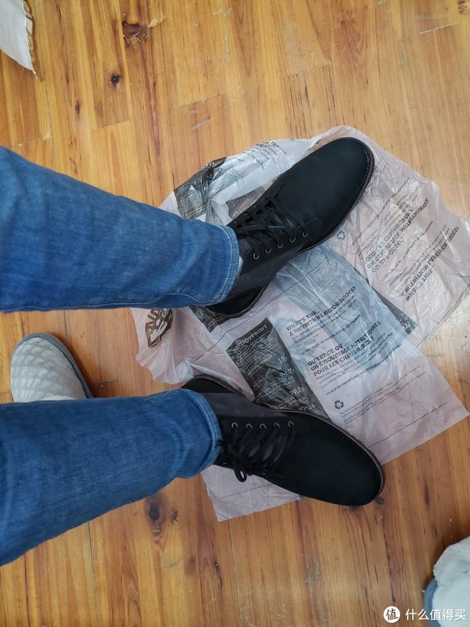 海淘来的添柏岚靴子开箱上脚。绝佳的做工。