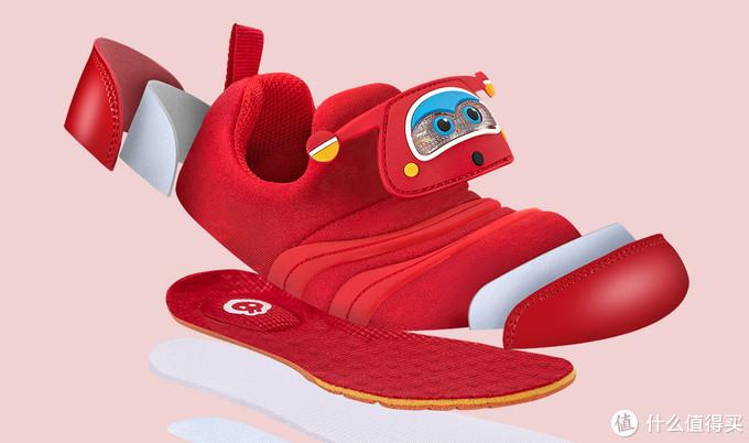 儿童疾走追黄蝶,飞入菜花无处寻:小寻超级飞侠机能鞋穿戴体验