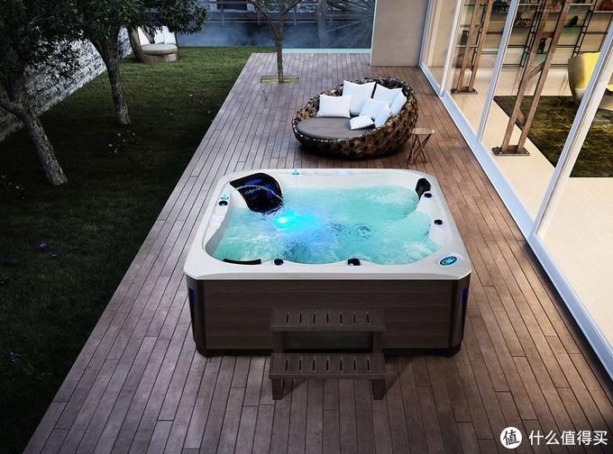 家装小知识:浴缸分类及其优缺点介绍