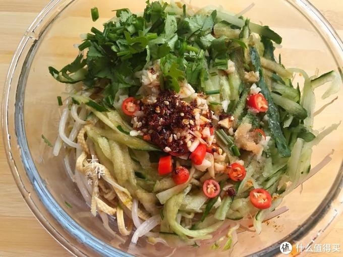 五月,这菜是女人的最爱,每周吃3次,气色好,身材越吃越苗条!