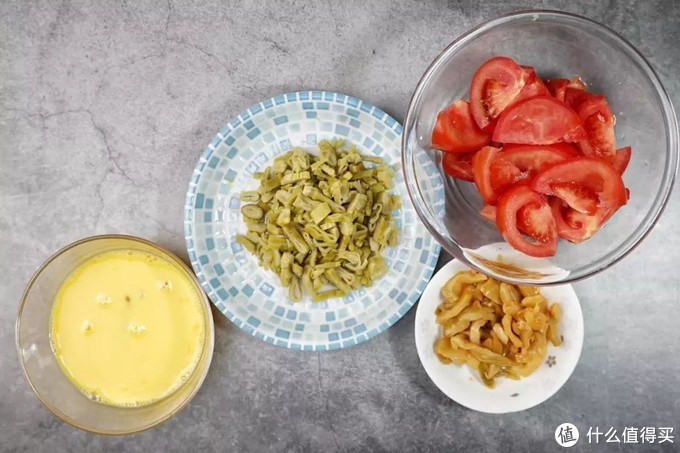 番茄笋干蛋花汤:汤清蛋嫩笋鲜美,酸酸甜甜很开胃