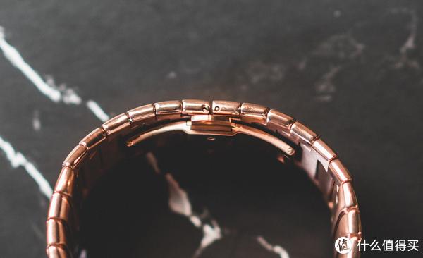 """新生物种""""腕机"""":努比亚阿尔法 柔性屏智能穿戴手表详细体验"""