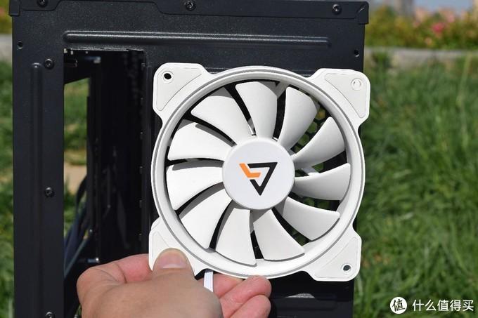 前顶均可安装14厘米风扇的安钛克Antec VSK10侧透机箱装机点评
