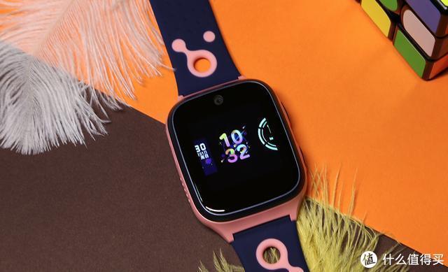 IPX8防水+八重安全定位加持! 支持4G视频通话的360儿童手表8X评测