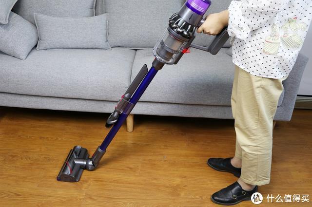 让清洁工作变得更智能:戴森V11 absolute上手体验