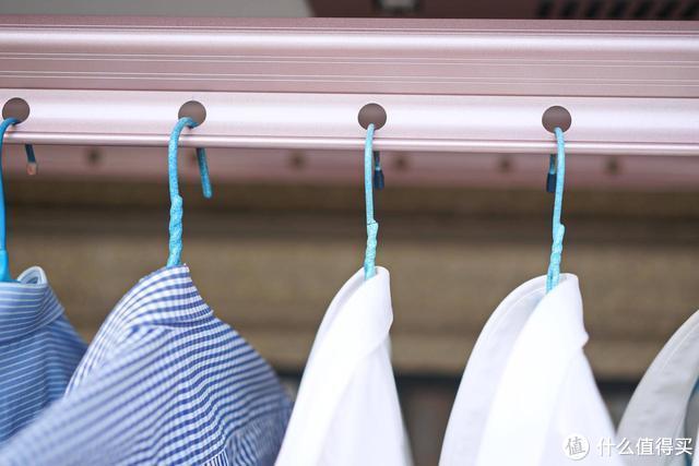 老黄家的晾衣革命:苏宁极物小Biu智能晾衣机上手体验