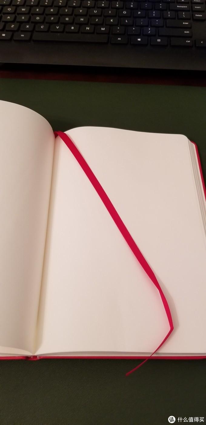 纸张和书签带