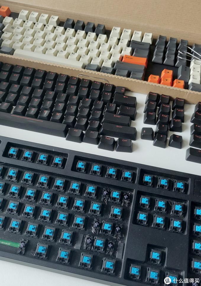 键盘不算很脏吧,但是确实看这也邋遢