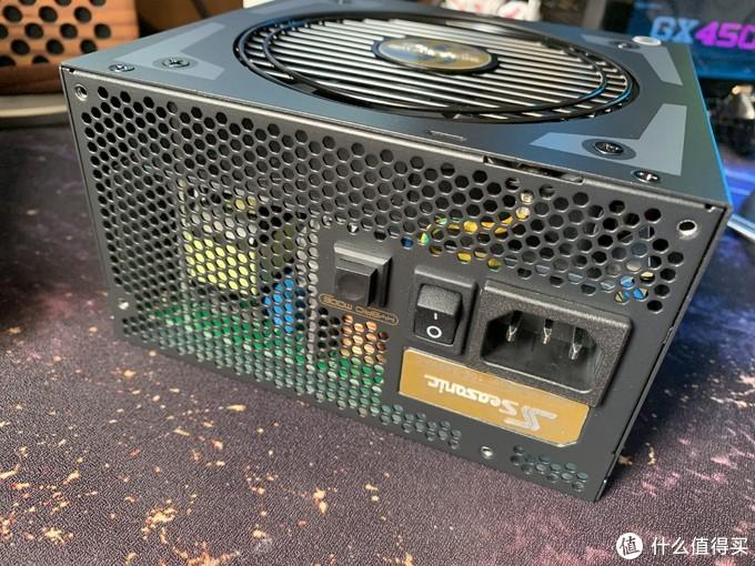 海韵Focus+ FX550金牌电源简单开箱