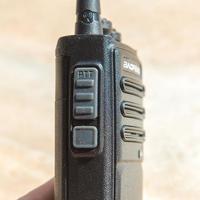 宝锋 BF-888S 对讲机使用总结(扬声器|按键|接听|接口|充电)