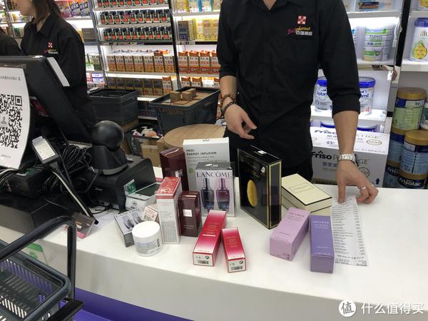 香港尖沙咀商圈店铺购物比较