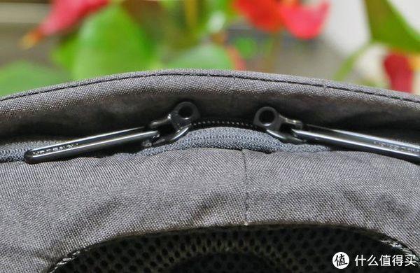 背包拉锁哪儿去了,小偷懵圈了-蒙马特2.0城市安全防盗背包体验