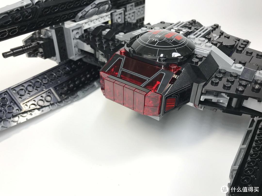 乐高 星球大战系列 75179 凯洛·伦的钛战机