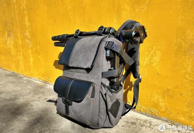 防水防磕碰电脑单反一起带,锐玛EMB-SD06帆布摄影双肩包上手体验