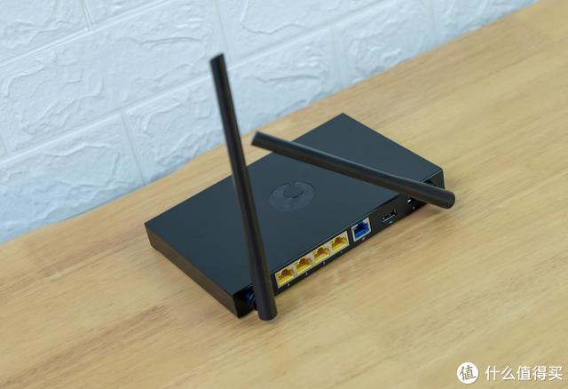 路由器上面的USB接口有什么用?低成本搭建NAS就靠它!