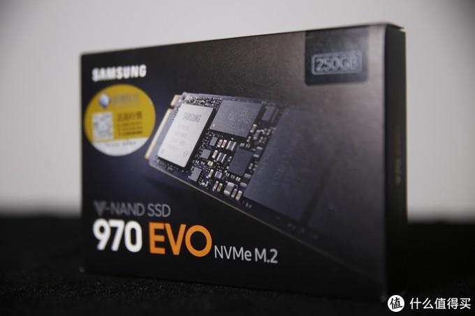 在固态硬盘方面,我选择了热门的三星970 EVO 250GB NVMe M.2。