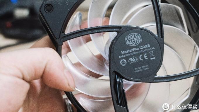 真香警告,酷冷至尊NR400机箱冰神ARGB水冷装机评测