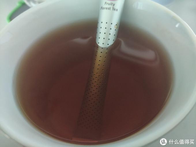 茶泡的比较慢,不时还得挤一挤茶包