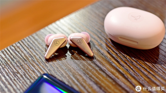 一款几乎没有瓶颈的超舒适真无线耳机 —简评小鸟音响TRACK Air