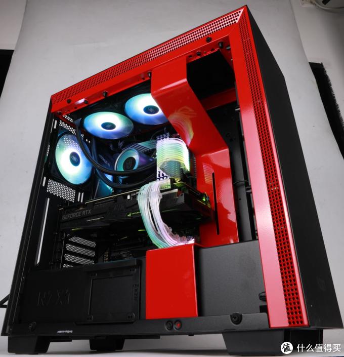 【雷霆世纪评测室】价值三万元的电脑是一种怎样的体验