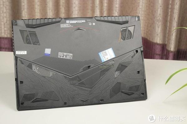 i7 9750H+ RTX+RGB+17寸大屏,微星GP75电竞本评测:爽到没朋友